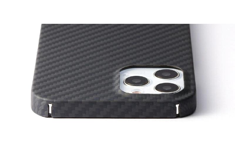 背面カメラをしっかり保護 Ultra Slim & Light Case DURO iPhone13 ProMax ケース 背面 カバー