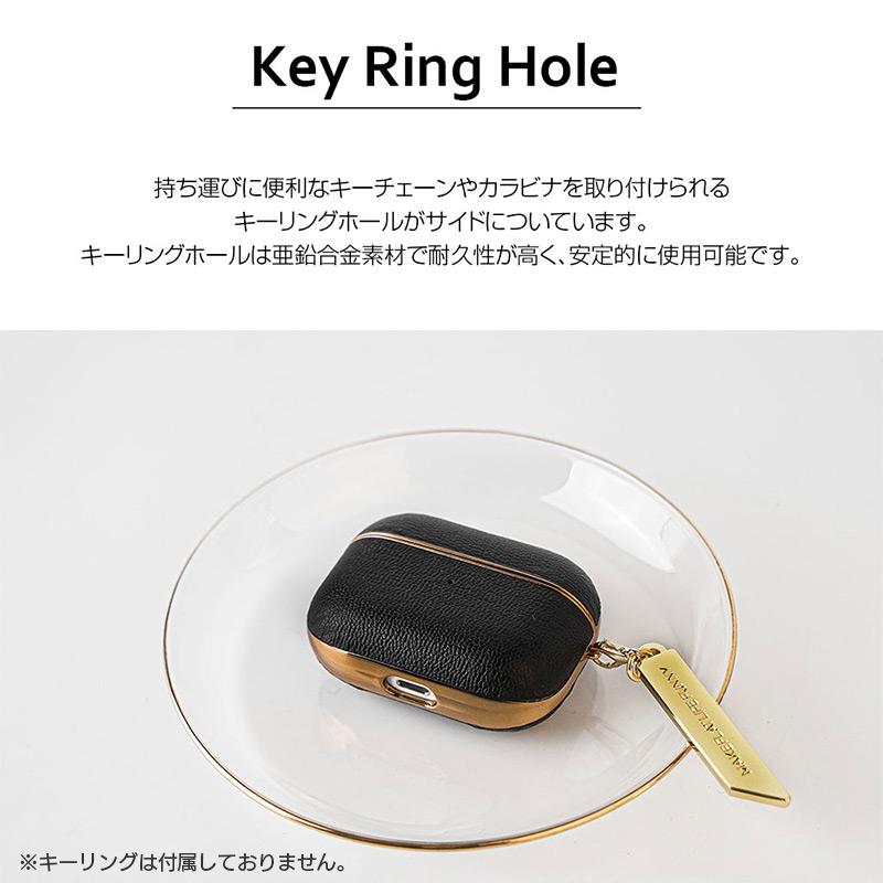 持ち運びに便利なキーチェーンやカラビナを取り付けられるキーリングホールがサイドについています。キーリングホールは亜鉛合金素材で耐久性が高く、安定的に使用可能です。